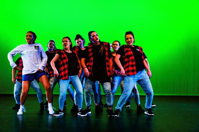 UVU Mosaic stuns crowd through performance of a dream
